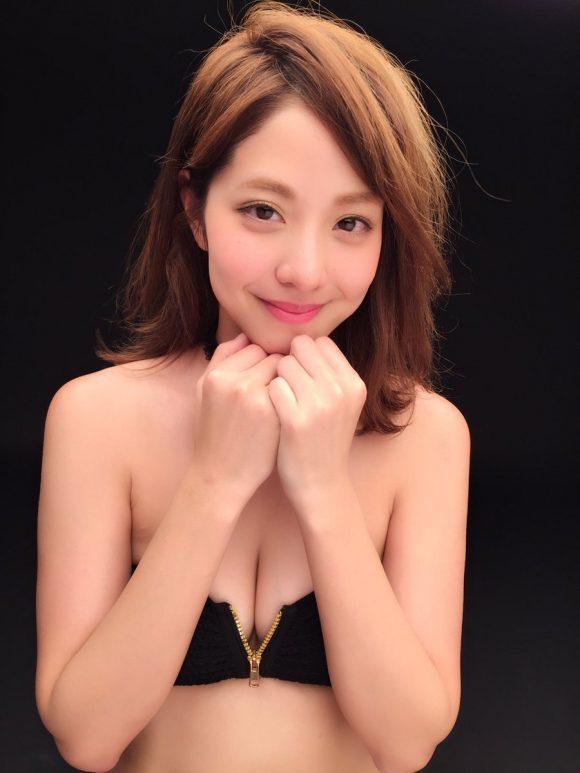hongouanna-kyonyubijingazou (25)