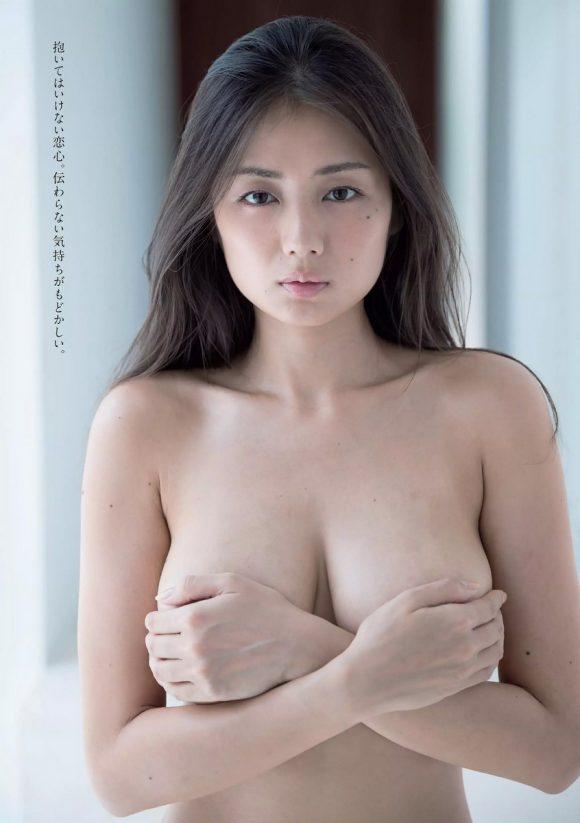 katayamamoemi-kyonyubijin-8