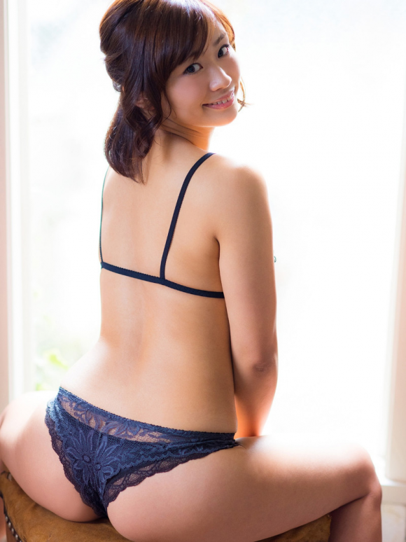 yasuedahitomi-kyonyubijin20164-8