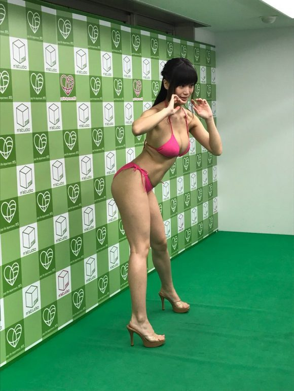 takahashisyouko-kyonyubijin90-15