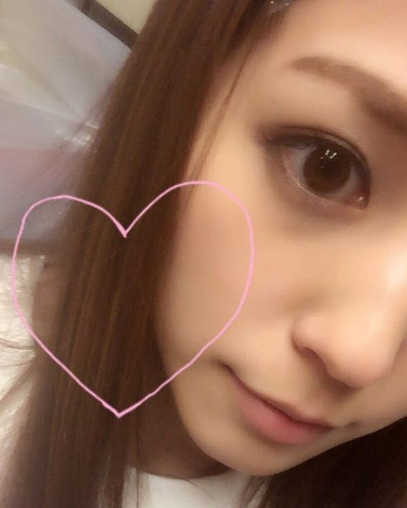 愛音まりあ Eカップ!アイドル級美少女の生着替えニコニコ動画の画像19