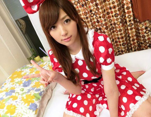 愛音まりあ Eカップ!アイドル級美少女の生着替えニコニコ動画の画像14
