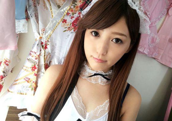 愛音まりあ Eカップ!アイドル級美少女の生着替えニコニコ動画の画像32