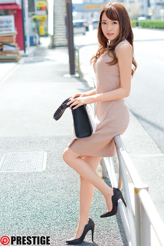 岸田歩美 新素人娘 お貸ししますの動画の画像1