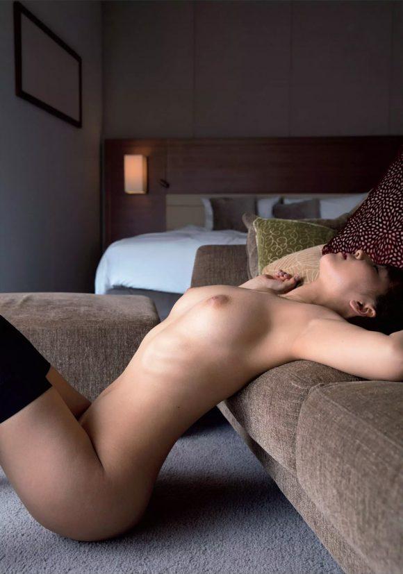三上悠亜 Fカップ!交わる体液 濃密セックスの画像48