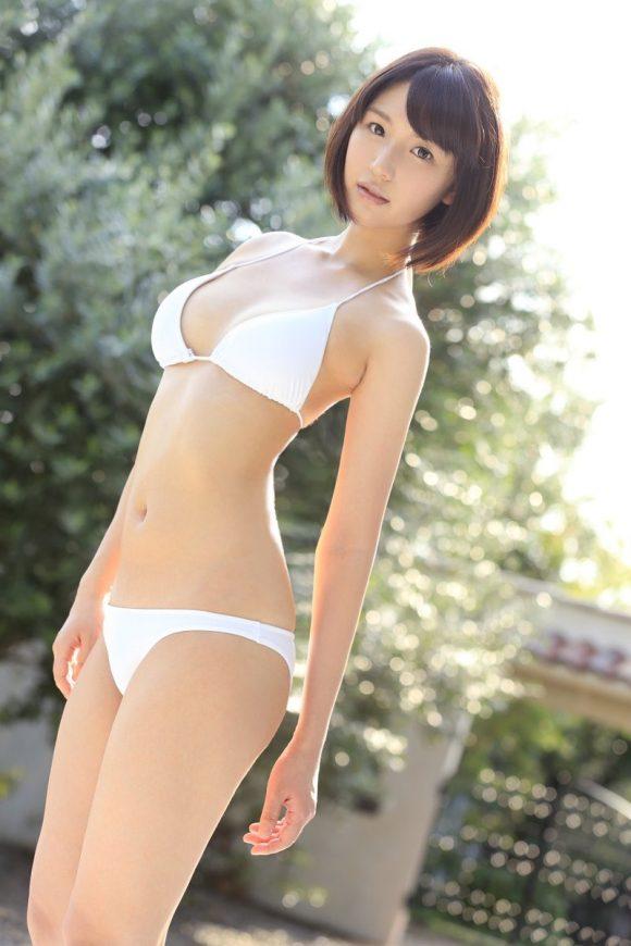 夏川あかり Eカップ!奇跡の透明感!清楚美少女が エスワンAVデビュー2