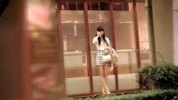 初音杏果(ももか) ピチピチ10代美少女!「募集ちゃん アヤカ18歳 アニメの専門学生」3
