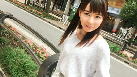 心花(ここな)ゆら 18歳Dカップ! 黒髪美少女の初撮り3