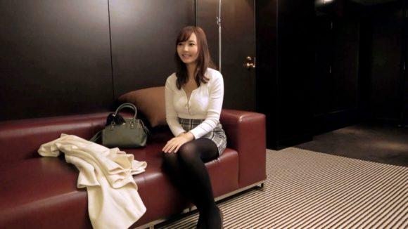 堺希美 20歳 白く突き出たHカップ美巨乳! 超有名ソープ嬢の募集ちゃん3