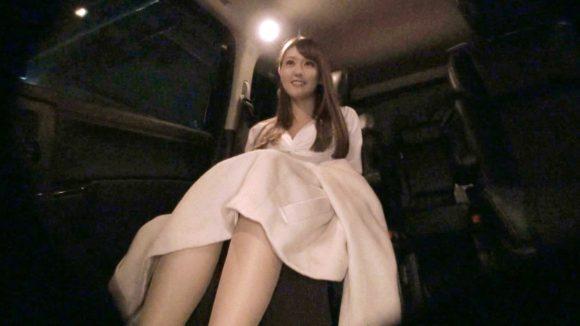 立花瑠莉 高身長8等身に突き出たFカップ!募集ちゃん りりこ4
