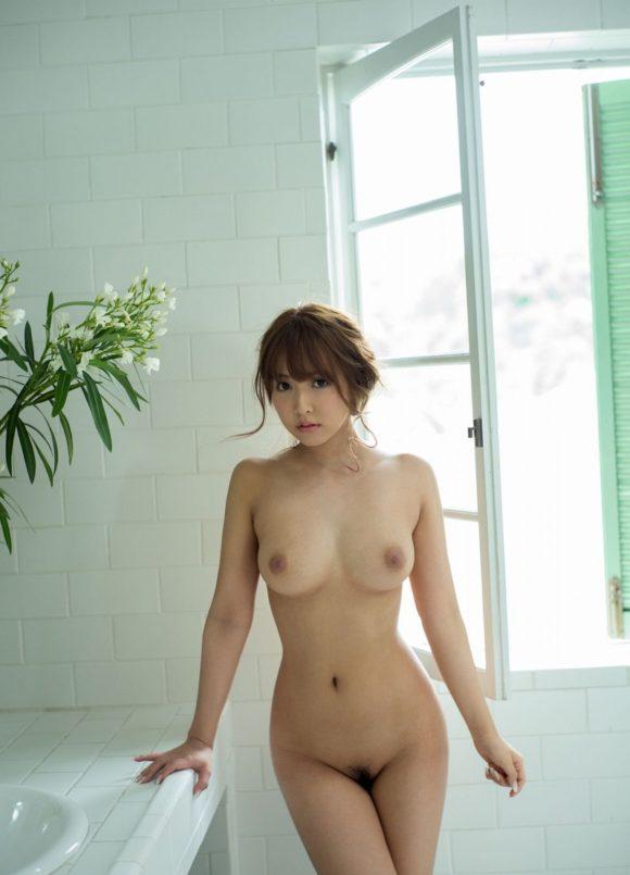 三上悠亜 元アイドルのヌード画像43