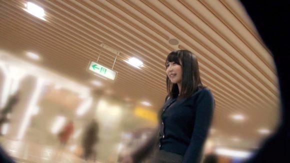 松浦理央 Hカップ! ぷるんぷるんのマシュマロ巨乳3