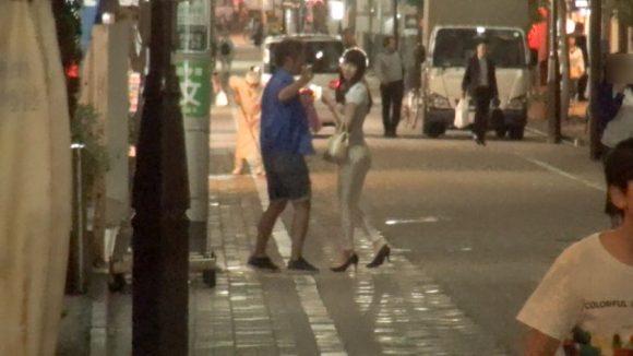 星咲伶美 Dカップ! 街行くセレブ人妻ナンパ さとみさん 28歳 専業主婦4