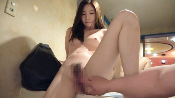 篠宮玲奈 Cカップ! 黒髪ロングのお姉さんが激エロの初撮りネットでAV応募4