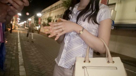 星咲伶美 Dカップ! 街行くセレブ人妻ナンパ さとみさん 28歳 専業主婦5