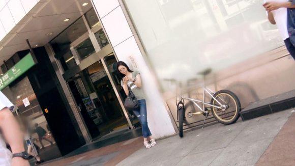 岡田優子 Cカップ!募集ちゃん みゆき 超SSS級の美少女大学生メガネ女子2