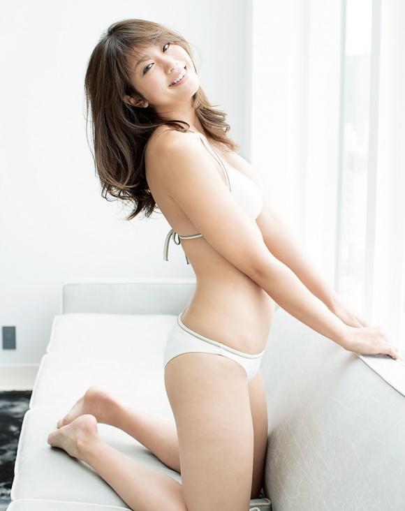 稲村亜美 21歳Fカップ! 最初で最後の水着写真集! '17セクシーグラビアまとめ神スイング63