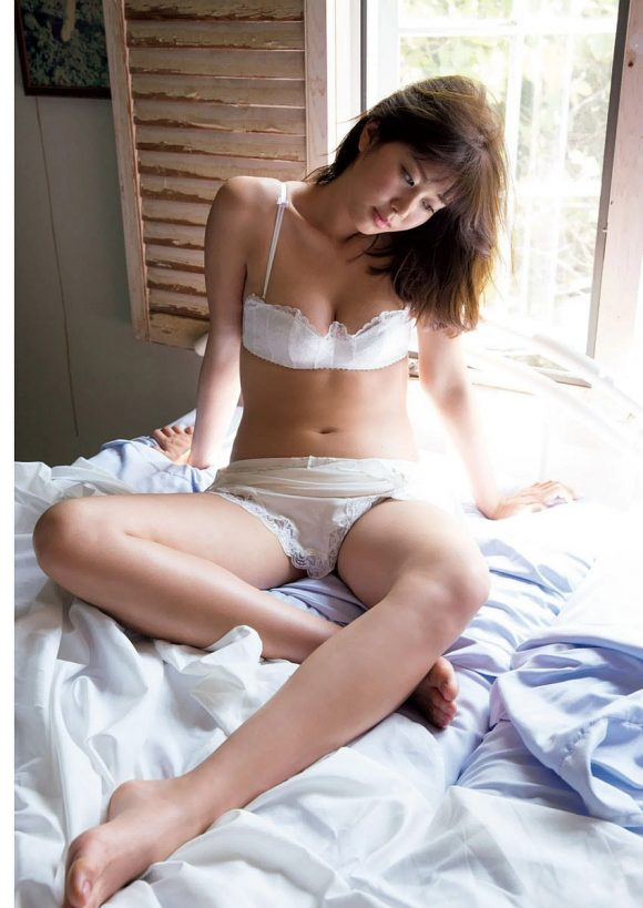 稲村亜美 21歳Fカップ! 最初で最後の水着写真集! '17セクシーグラビアまとめ神スイング17