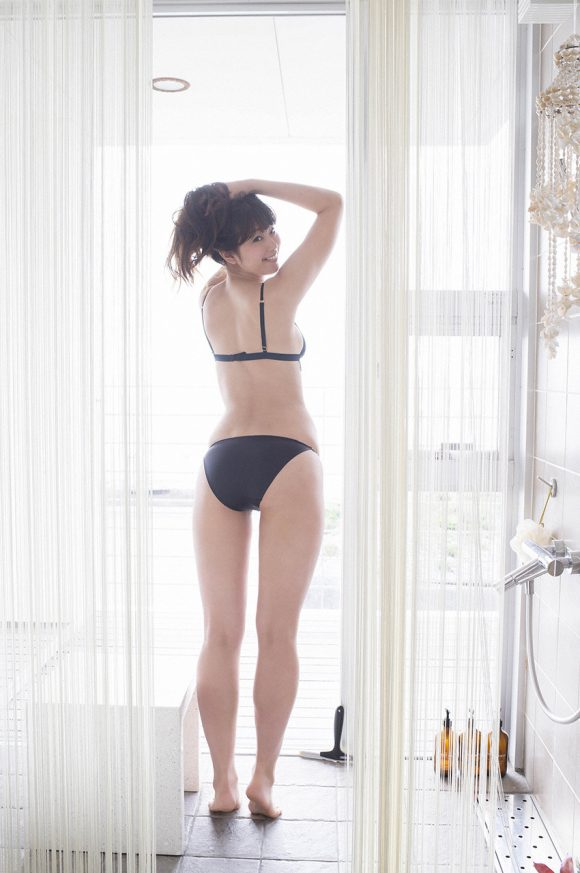 稲村亜美 21歳Fカップ! 最初で最後の水着写真集! '17セクシーグラビアまとめ神スイング68