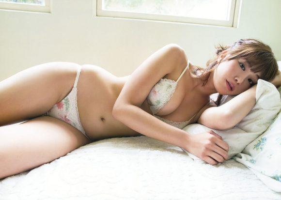 稲村亜美 21歳Fカップ! 最初で最後の水着写真集! '17セクシーグラビアまとめ神スイング64