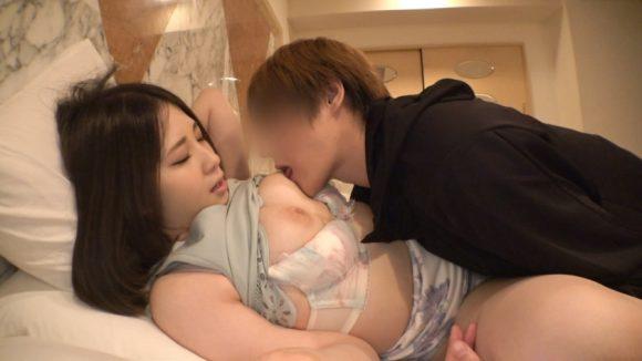 ヒナノ 21歳Eカップ色白美巨乳! 初撮りネットでAV応募→AV体験撮影5