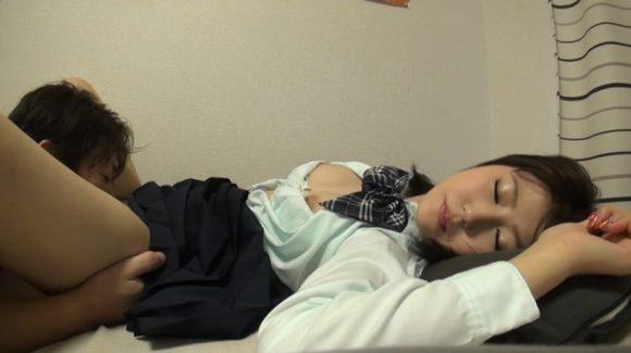 七瀬萌 18歳Dカップ色白美巨乳! 完全初撮り素人 Mちゃん8