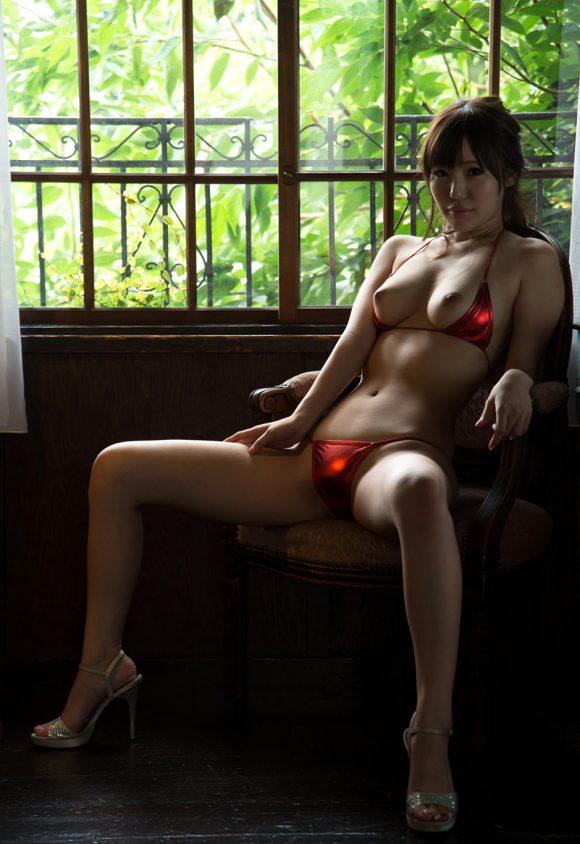黒川サリナ Fカップ豊満おっぱい画像6
