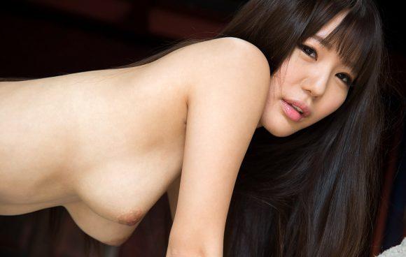 黒川サリナ Fカップ豊満おっぱい画像31