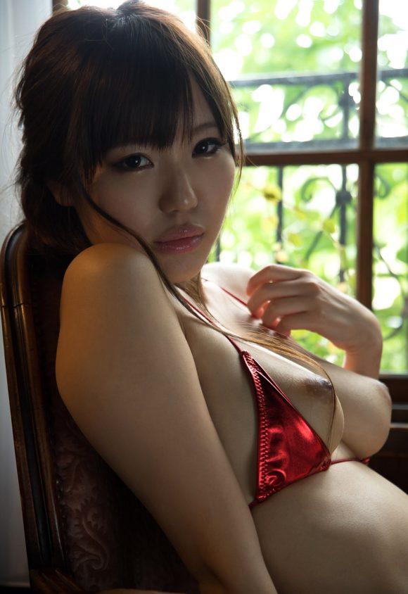 黒川サリナ Fカップ豊満おっぱい画像11