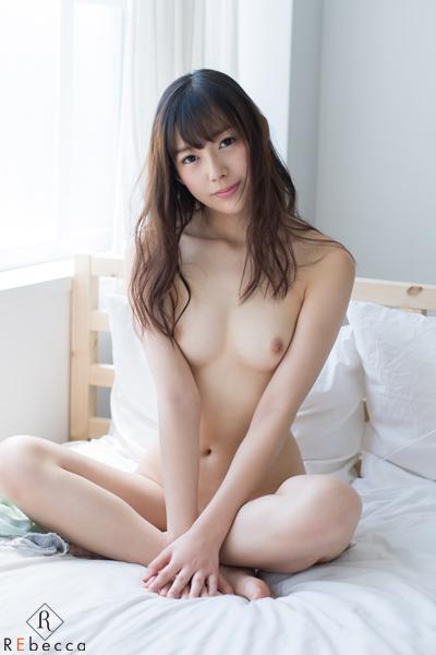 桜木エリナ(神谷真紀) 新川優衣Cカップ! Erina 女子大生のリアル 7