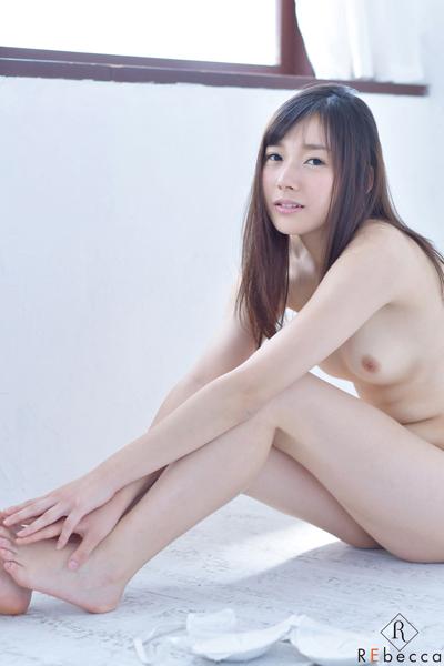桜木エリナ(神谷真紀) 新川優衣Cカップ! Erina 女子大生のリアル 3