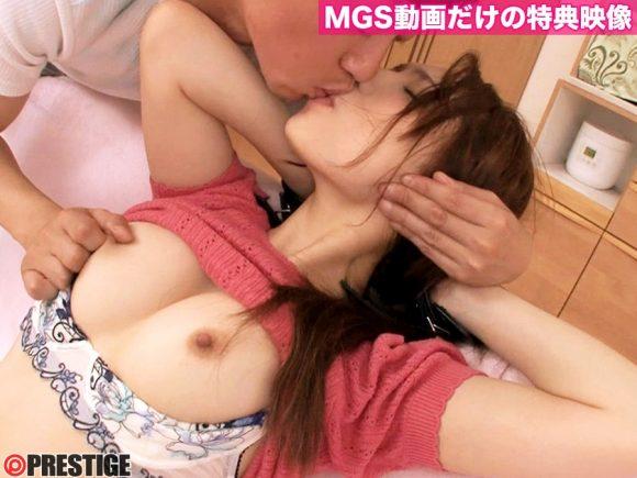 吉川蓮 Eカップ美巨乳! 美尻美脚! 彼女のお姉さんは誘惑ヤリたがり娘15