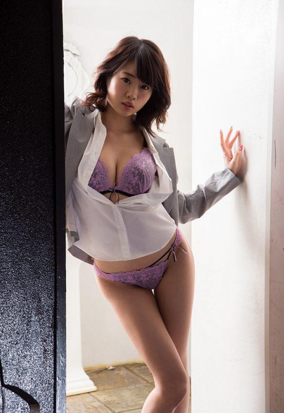 春宮すず Fカップ美巨乳美少女! パーフェクトボディ! ヌード画像11