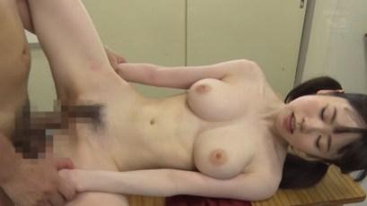 水卜さくら Gカップ美巨乳! 黒髪美少女の女子校生の美乳がチラリポロリ 25