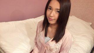 萩原理央 19歳スレンダー美乳! 初撮りネットでAV応募1