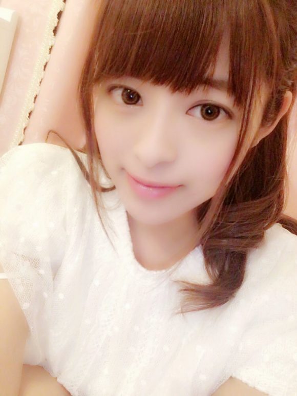 桜もこ(伊東裕)Bカップ!元美少女アイドル 18