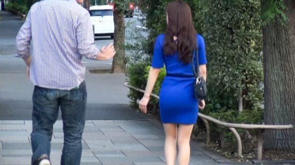 鈴木さん 28歳 Gカップ! 押しに弱い巨乳奥様 街行くセレブ人妻ナンパ2