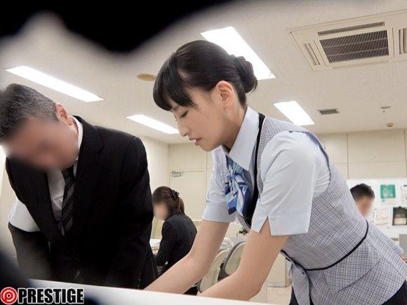 散花ゆり シロウト制服美人3