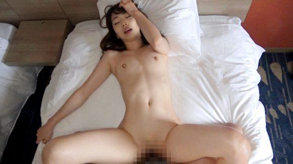 ゆりちゃん 22歳 スレンダー美少女! 絶品の美脚!美尻7