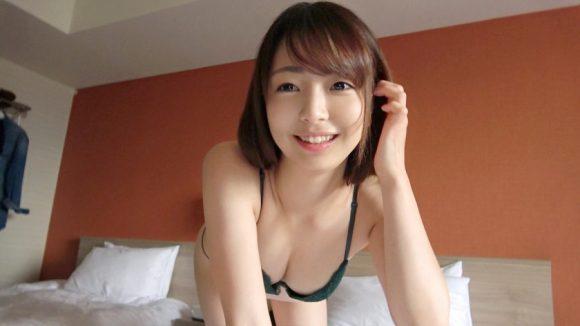 ゆりちゃん 22歳 スレンダー美少女! 絶品の美脚!美尻2