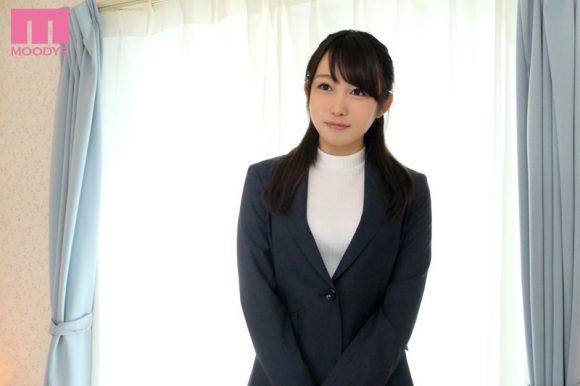 桐谷なお 色白Fカップ美巨乳40