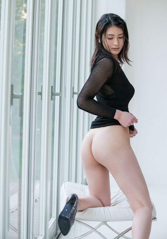 本庄鈴 Cカップ美巨乳14