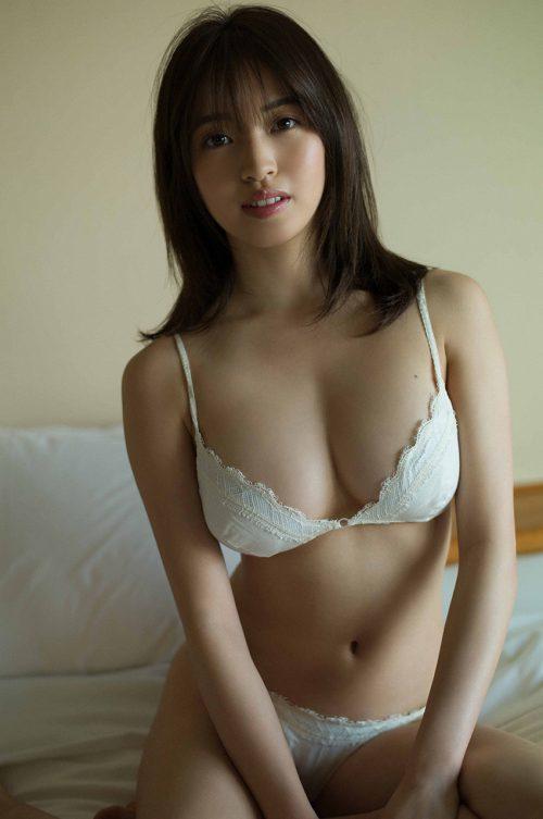 MIYUの巨乳おっぱい画像の57