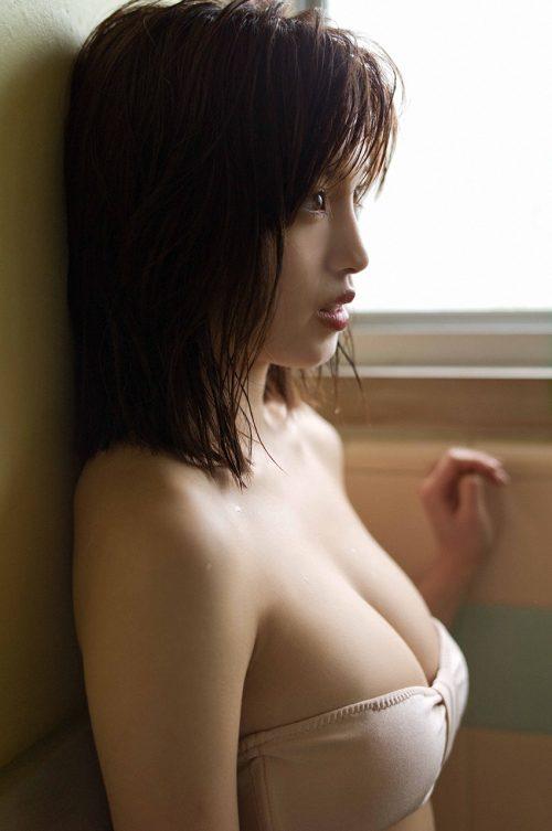 MIYUの巨乳おっぱい画像の95
