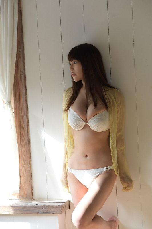 益坂美亜 Jカップ超巨乳の画像6