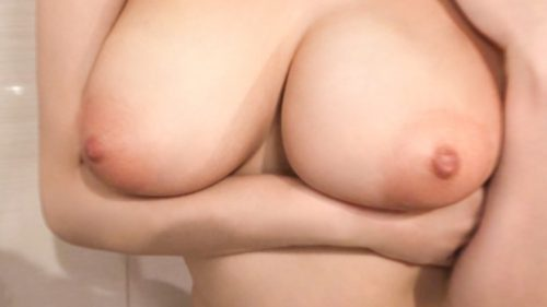 須崎まどか の超爆乳おっぱい画像-12
