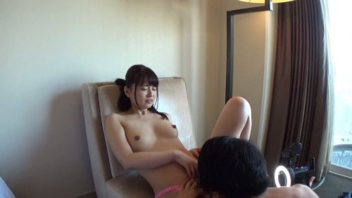 新山沙弥(飯山沙織)のビンビンに立った大きな乳首の画像-24