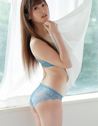 土屋美桜の美人フェイスと美乳の画像101