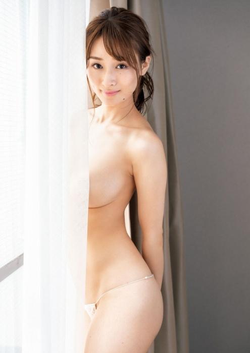 フミカの美巨乳とデカ美尻の画像39