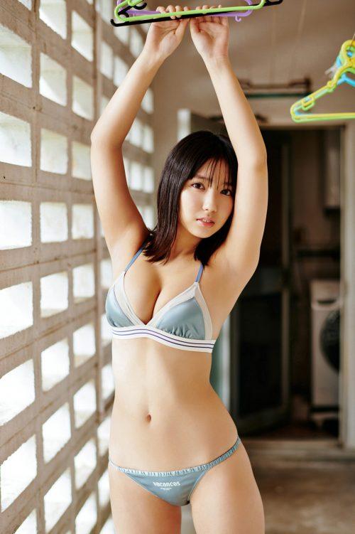 沢口愛華の爆乳おっぱいの画像12